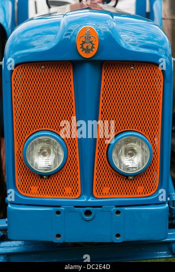 Vintage Tractor Lights : Fordson stock photos images alamy