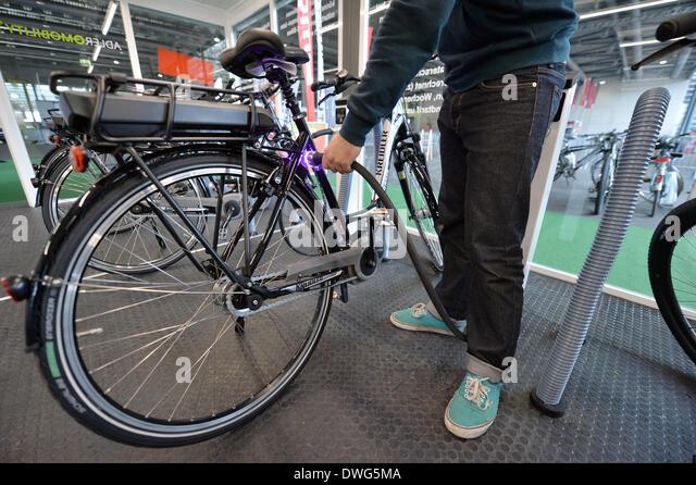 bike charging stock photos bike charging stock images alamy. Black Bedroom Furniture Sets. Home Design Ideas