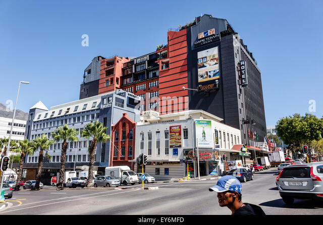 South Africa African Cape Town City Centre center Buitengracht Street Wale Cape Town Lodge hotel traffic - Stock Image