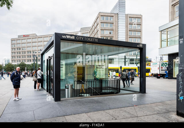 public toilet berlin stock photos public toilet berlin stock images alamy. Black Bedroom Furniture Sets. Home Design Ideas