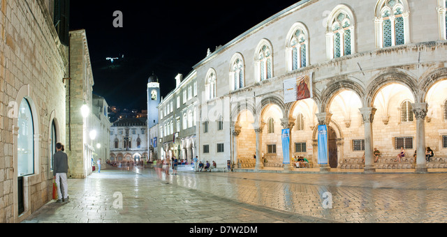 Dubrovnik City Bell Tower in Dubrovnik Old Town at night, UNESCO World Heritage Site, Dubrovnik, Croatia - Stock Image