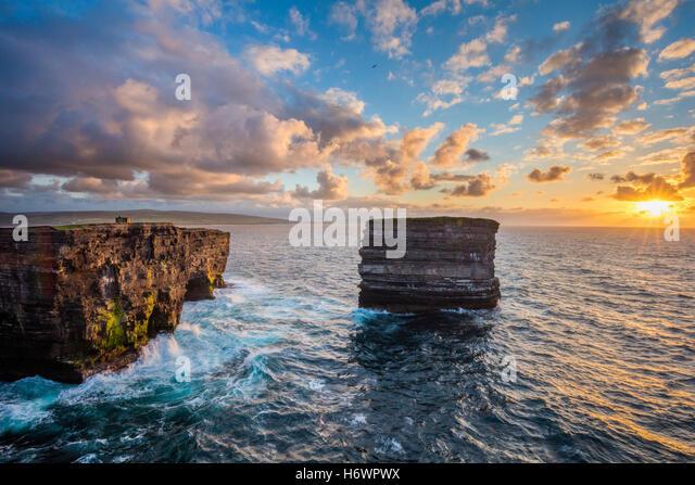 Evening at Dun Briste, Downpatrick Head, County Mayo, Ireland. - Stock Image