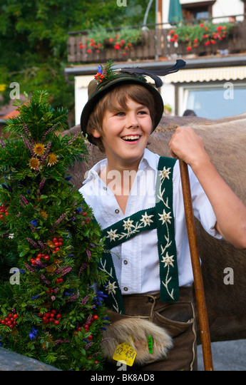Boy in traditional costume, cattle seperation in Bad Hindelang, Allgaeu, Bavaria, Germany, Europe - Stock-Bilder