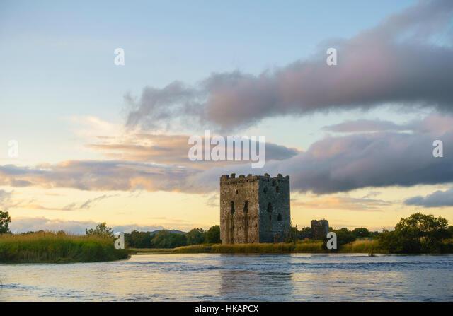 Threave Castle, River Dee, near Castle Douglas, Dumfries & Galloway, Scotland - Stock Image