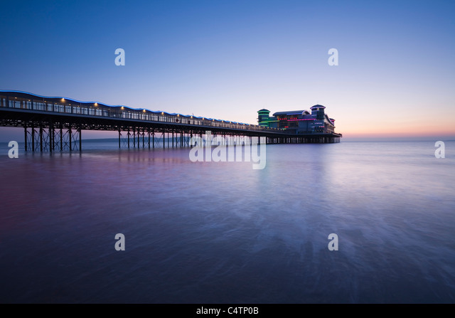 The New Grand Pier at Weston-super-Mare, rebuilt and opened in 2010 after the fire of 2008. Somerset. England. UK. - Stock-Bilder