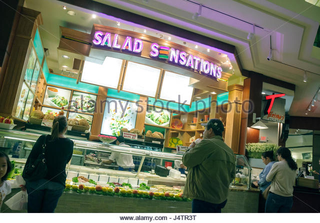 Counter adults selling stock photos counter adults selling stock images alamy Starbucks palm beach gardens