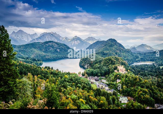 Bavarian Alps of Germany at Hohenschwangau Village and Lake Alpsee. - Stock-Bilder