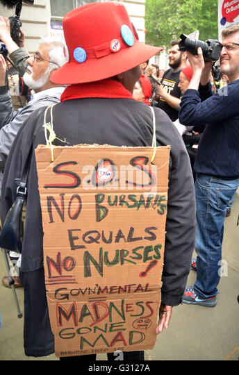 Department Health,Whitehall,London,UK.4 June 2016 Nurses protest outside Richmond House Department Health against - Stock Image