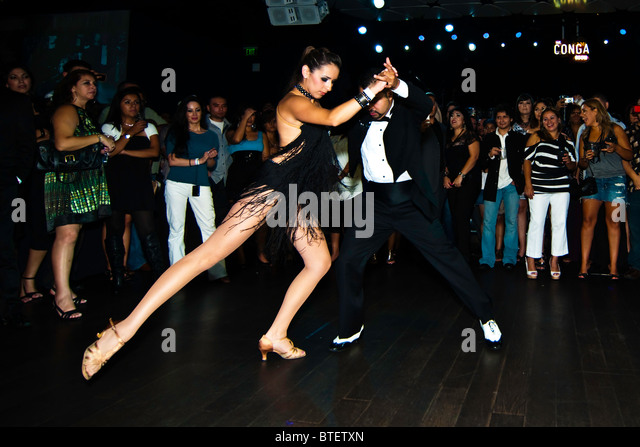 Couples team during the Salsa phase of El Gran Bailazo competition - Stock Image