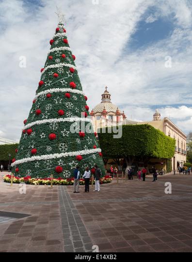 Christmas tree mexico stock photos christmas tree mexico for Jardin guerrero queretaro