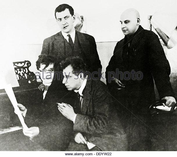 Four prominent figures in the Russian arts, 1929.  Artist: Alexei Temerin - Stock-Bilder