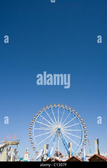 big wheel at the munich oktoberfest - Stock Image
