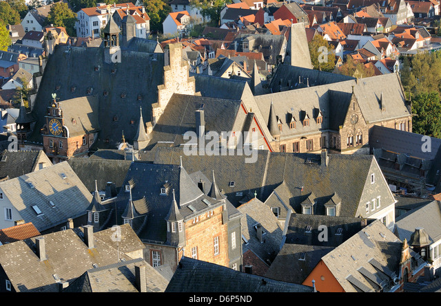 Rooftops of medieval buildings in Marburg, including the Town Hall and Old University, Marburg, Hesse, Germany, - Stock-Bilder