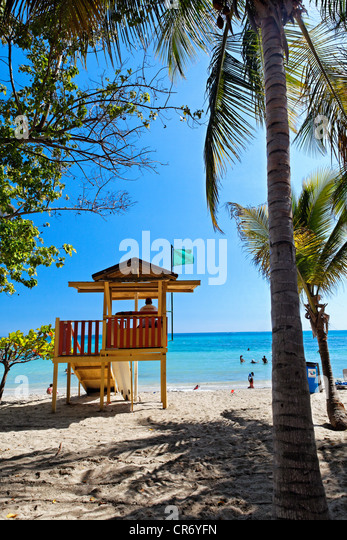 Backview of a Lifeguard Tower on a Caribbean Beach, Cana Gorda Beach, Guanica, Puerto Rico - Stock Image