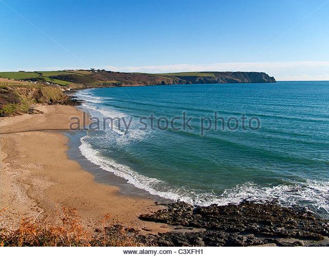 Beach and ocean at Gerrans Bay, Cornwall, United Kingdom - Stock Image