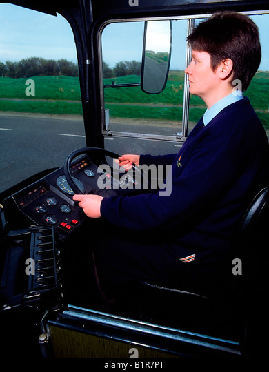 how to become a bus driver in ireland