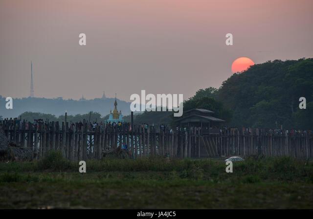 U-Bein Bridge, world longest teakwood bridge, Mandalay, Myanmar - Stock-Bilder