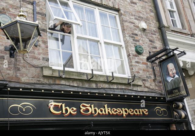 UK, England, Durham City, Saddler Street, The Shakespeare Pub, wine bar, - Stock Image