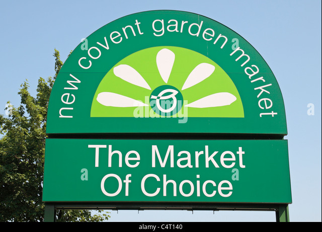Sign outside the entrance to the New Covent Garden Market in Battersea, South London, UK. - Stock Image