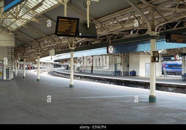 Platform Canopy Station Trains Stock Photos Amp Platform