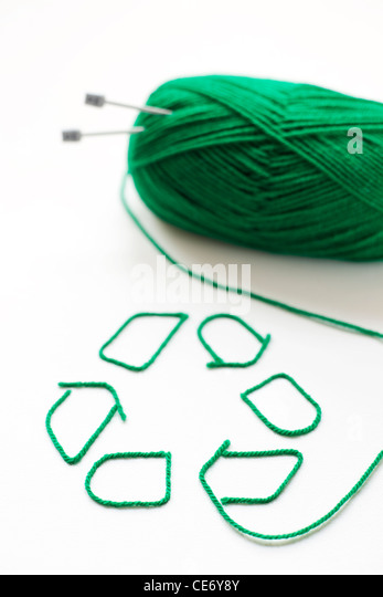 Recycling symbol made with wool - Stock Image