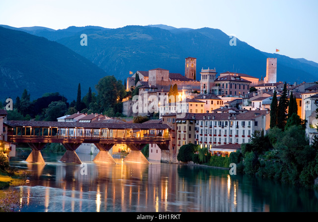 Alpini bridge bassano del grappa stock photos alpini bridge bassano del grappa stock images - Cucine bassano del grappa ...