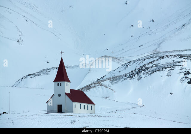 the church above the village of Vík í Mýrdal, southern Iceland - Stock Image
