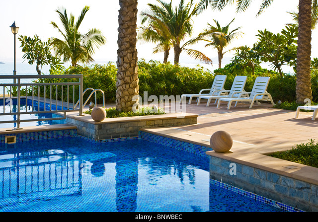 Jumeira palm island stock photos jumeira palm island - Palm beach swimming pool ...