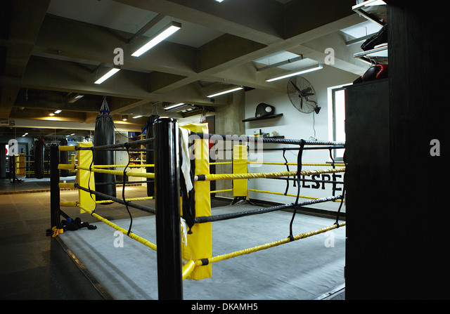 empty boxing gym - photo #21