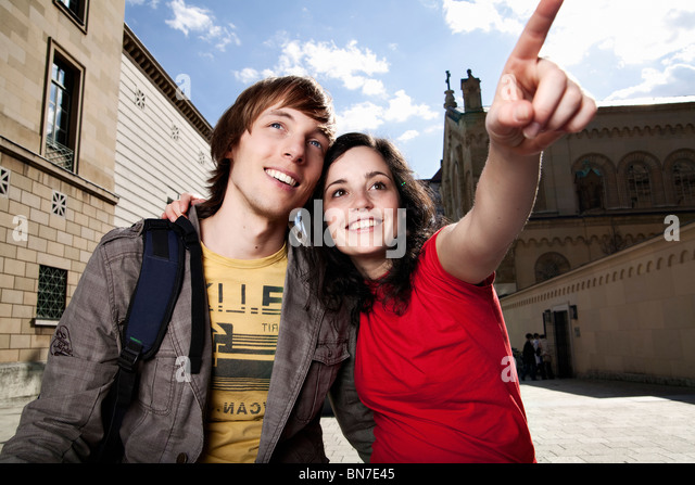 Young tourist couple sightseeing - Stock Image