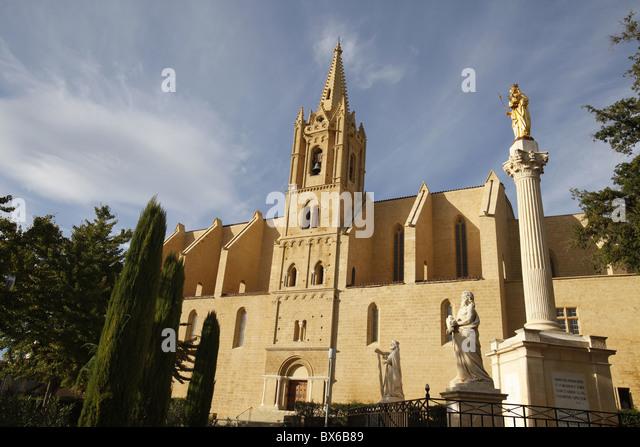 St laurent church stock photos st laurent church stock - Eglise saint laurent salon de provence ...