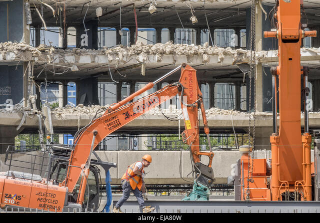 Demolition In Progress Stock Photos Amp Demolition In Progress Stock Images Alamy