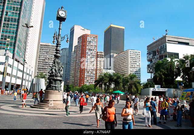Rio de Janeiro Largo da Carioca busy square in the buisiness center metro station cariocas - Stock Image