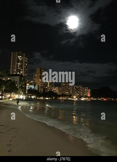 WAIKIKI BEACH, Honolulu, O'Ahu, Hawaii. Photo Tony Gale - Stock-Bilder