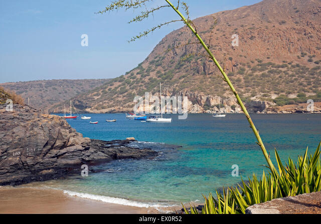 Yachts and sailing boats in the bay of Tarrafal on the island Santiago, Cape Verde / Cabo Verde, Western Africa - Stock Image