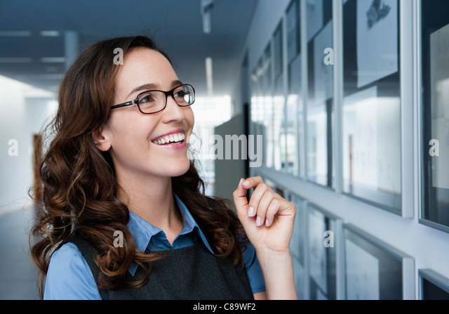 Germany, Bavaria, Diessen am Ammersee, Close up of businesswoman, smiling - Stock-Bilder