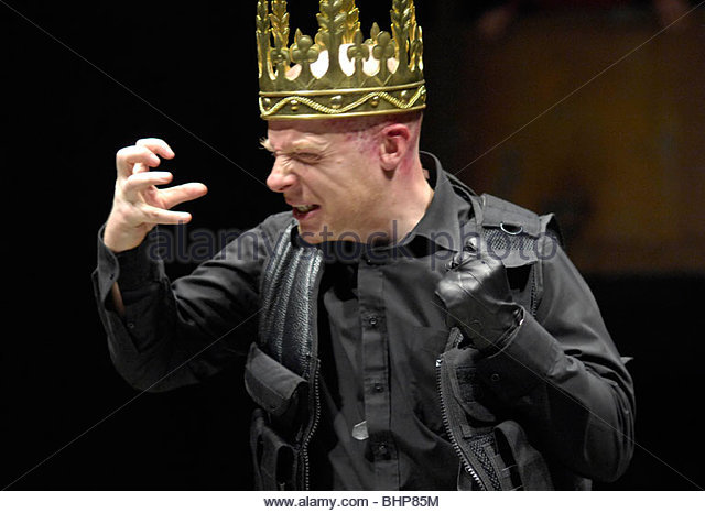an analysis of the issues with richard iii a play by william shakespeare Richard iii = the tragedy of king richard the third (wars of the roses #8), william shakespeare richard iii is a historical play by william shakespeare, believed to have been written in approximately 1592.