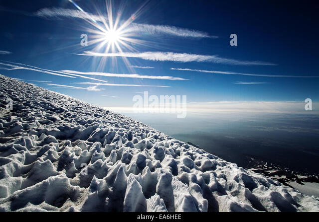 Sun and snow on mountain, Mount Adams, Washington State, America, USA - Stock Image