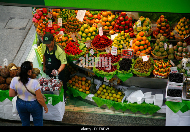 Fruit stall, Mercado Municipal, Sao Paulo, Brazil, South America - Stock Image