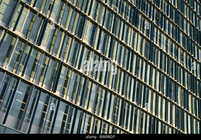 Abstract pattern of new building facade London UK - Stock-Bilder
