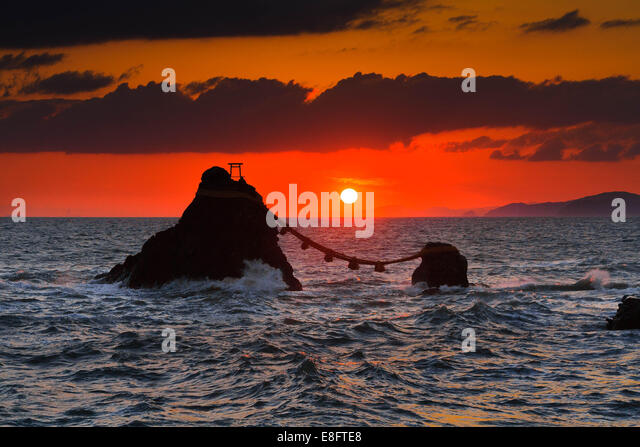 Husband and Wife Rock, Futami, Mie Prefecture, Japan - Stock Image