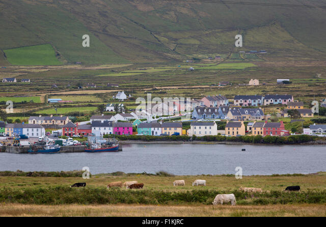 View over Portmagee along Ring of Skelig, County Kerry, Republic of Ireland - Stock-Bilder