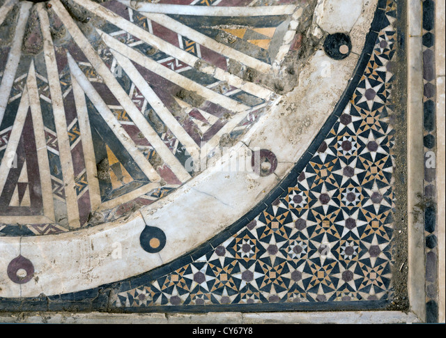 Detail of the inlaid marble basin, hospital, Complex of Qalawun, Cairo, Egypt - Stock Image