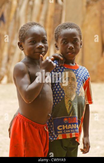 Little boys in Mognori Eco-Village, Ghana - Stock Image
