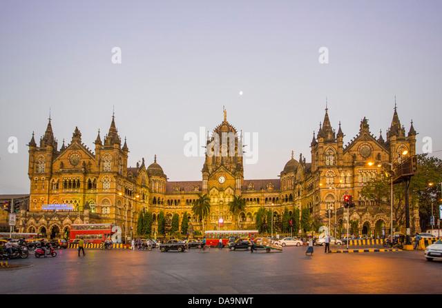 India, South India, Asia, Maharashtra, Mumbai, Bombay, City, Dadabhai Naoroji, Road, Victoria Station, Chatrapati - Stock Image