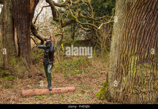 Statue of Robin Hood in Sherwood Forest - Stock Image