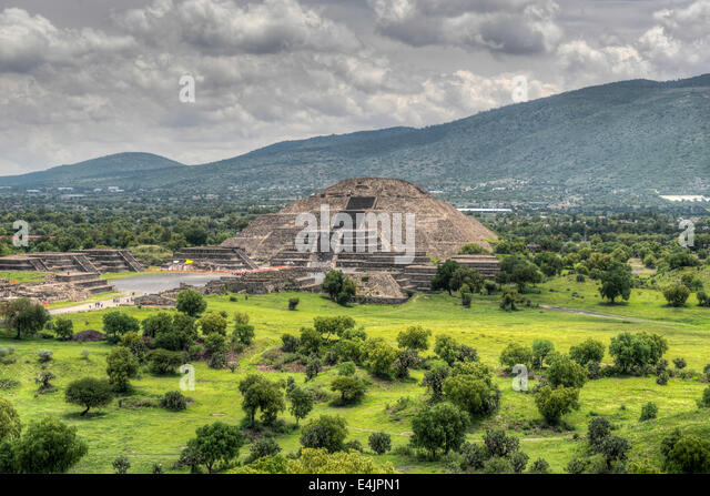 The ancient Pyramid of the Moon. The second largest pyramid in Teotihuacan, Mexico. - Stock-Bilder