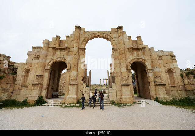 The South gate in the ancient Roman city of Jerash in Jordan. - Stock Image
