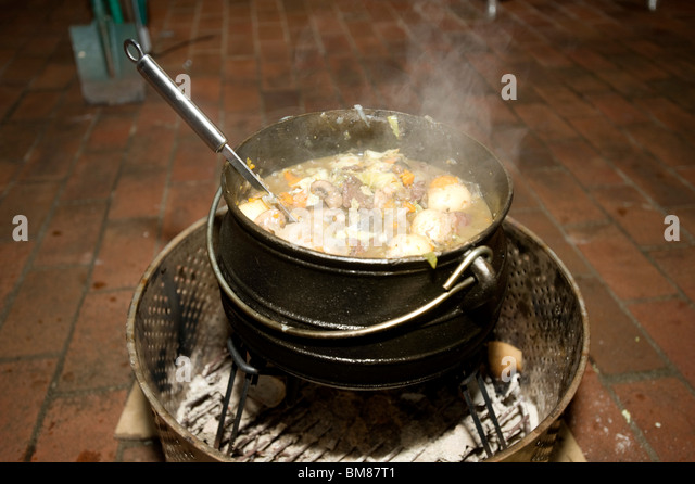 Dutch Oven Stock Photos Dutch Oven Stock Images Alamy