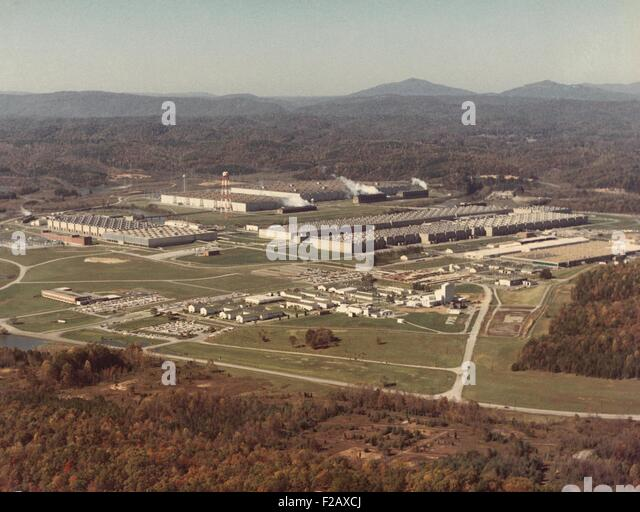 Manhattan Project facility at Oak Ridge, Tennessee, ca. 1950. Then called the 'Energy Research and Development - Stock-Bilder